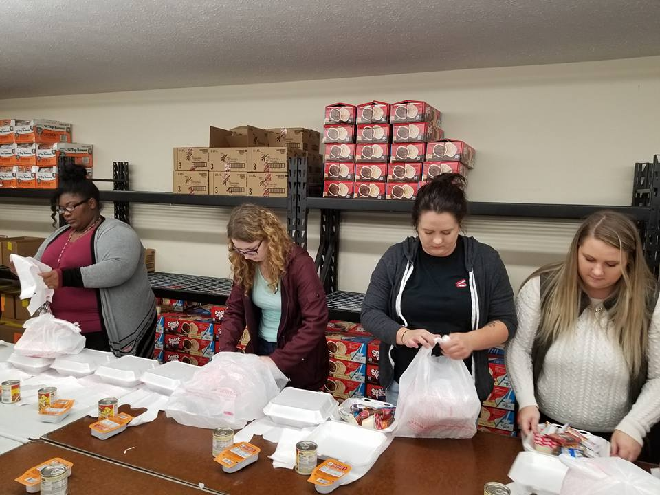 ARC Associates volunteering at Gumdrops